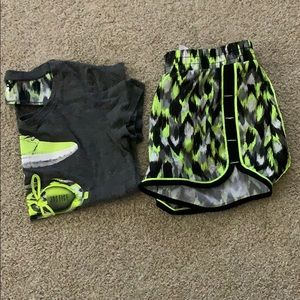 T-shirt with matching shorts
